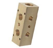Pneumatické rozdělovače, moduly a kostky